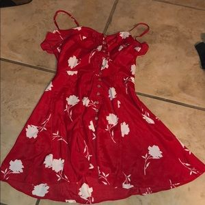 🔥tag attached red button cute dress